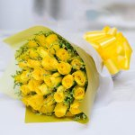 sunshine-exclusive-yellow-roses-bouquet-flowers-5240385437759_2000x.jpg